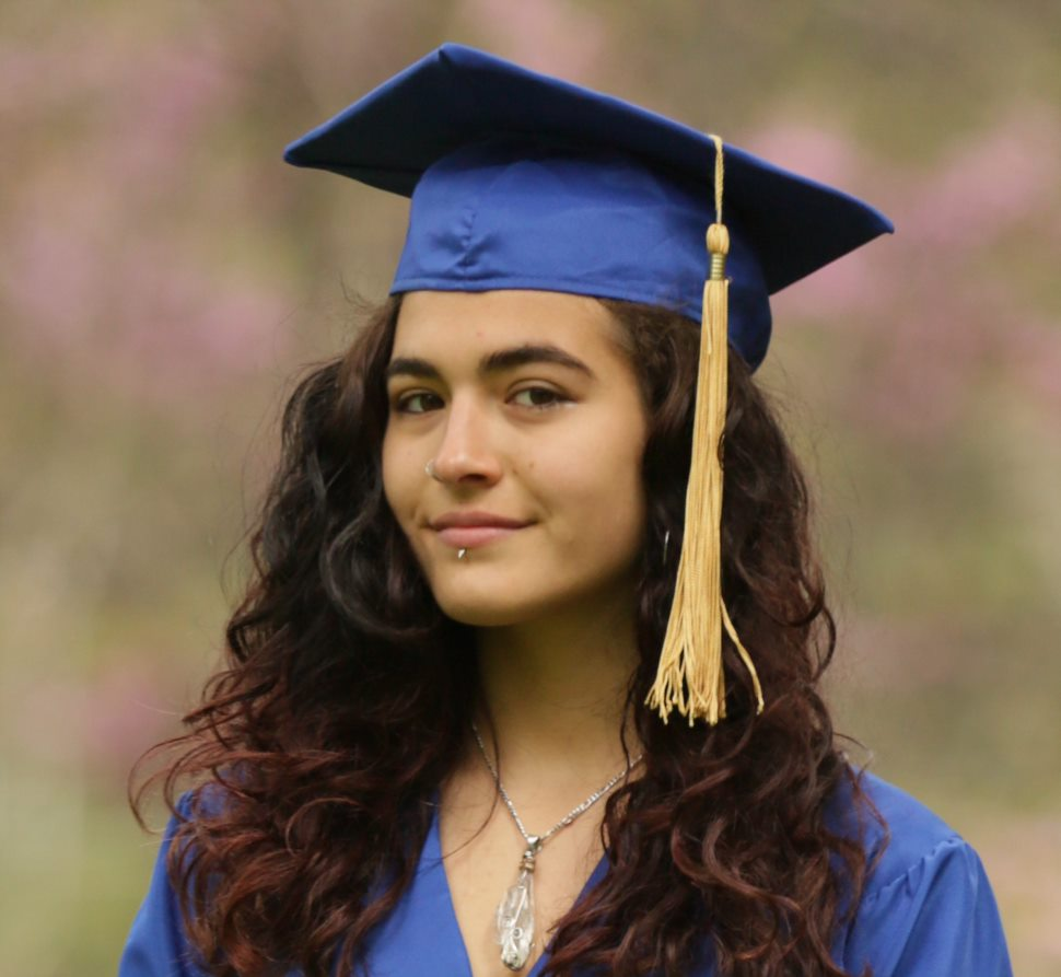 Graduate Kalena